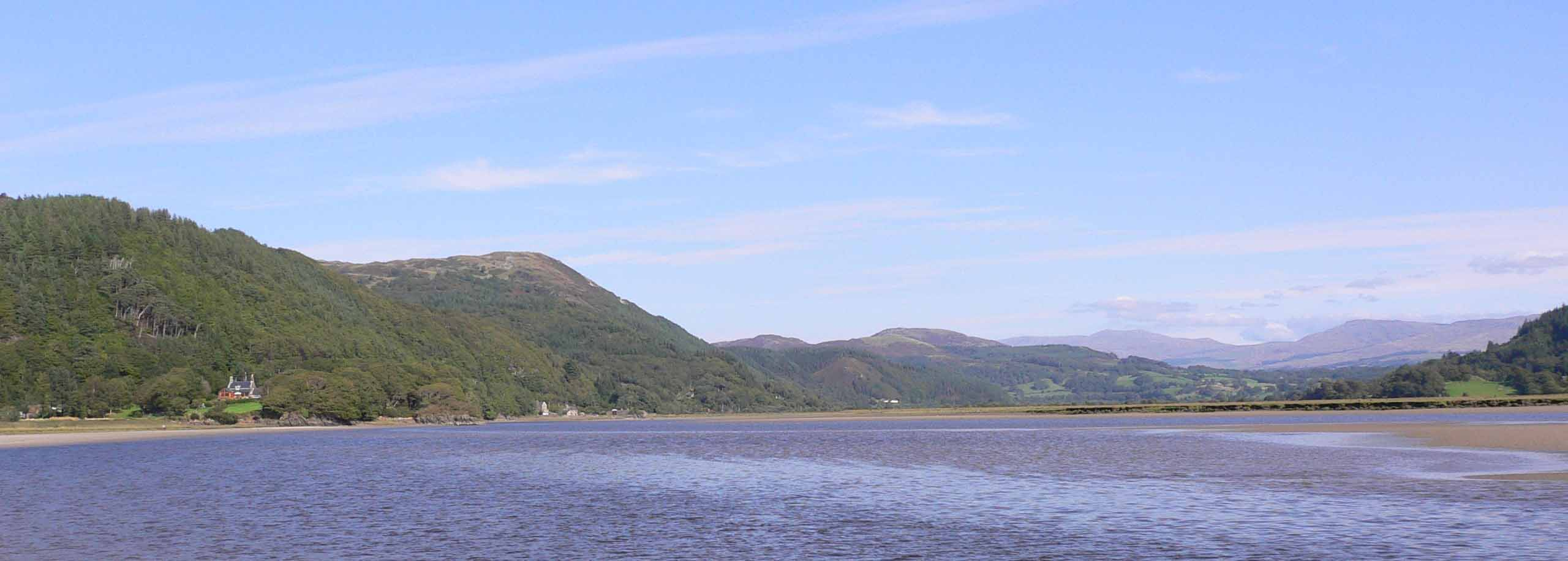 A view from the Mawddach to Whitehorses retreat and Dolgellu by www.paulhoughton.co.uk